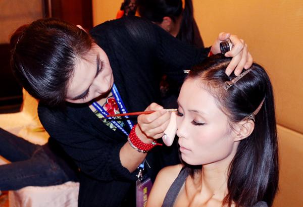 奢妃第十五届西博会唯一指定化妆造型机构