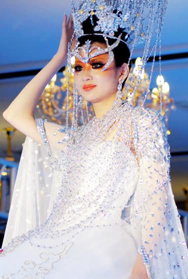 奢妃化妆学校周莉老师中国十佳化妆造型比赛