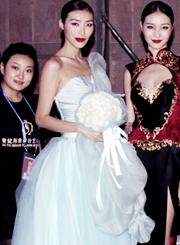奢妃成都化妆学校 中国第一奢侈品牌NE·TIGER华服 新丝路名模齐聚精彩花絮