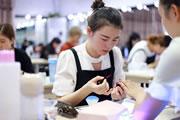 现在化妆师行业好做吗,无论哪个行业努力就对了