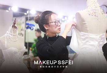 成都化妆培训班-奢妃化妆培训化妆班毕业作品制作中