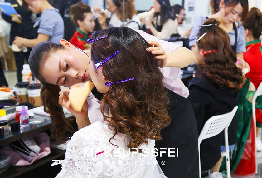 三阶段考试奢妃化妆学校首席名师班