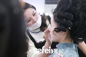 「学习化妆」26岁开始转行业学化妆会不会晚?