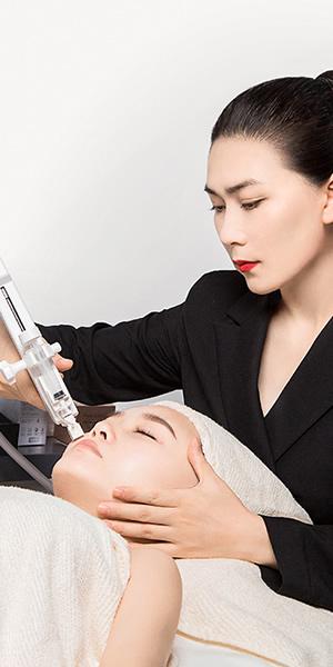 成都奢妃国际专业美容师全能精英班