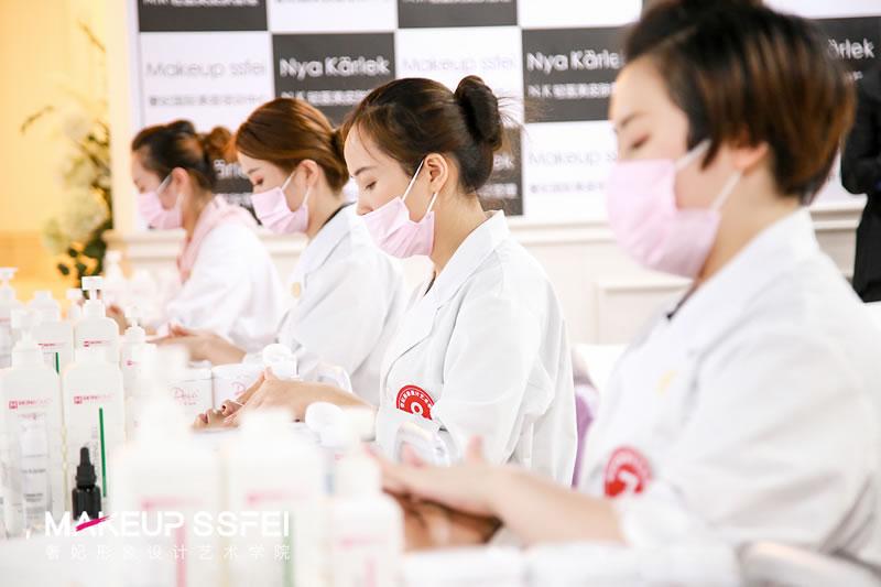 学美容的发展前景做美容师怎么样吗?